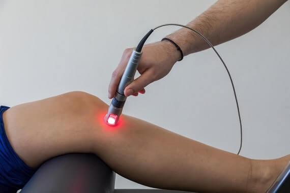 لیزر درمانی زانو
